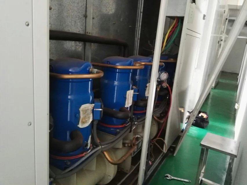 无塔供水器带控制箱实物接线图